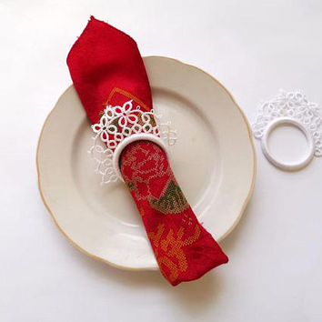 Wedding white tatting lace napkin rings-set of two-winter wedding-wedding decor-table decor-handmade lace-christmas wedding-victorian style
