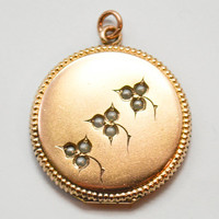 Antique Victorian Pearl Floral Round Locket