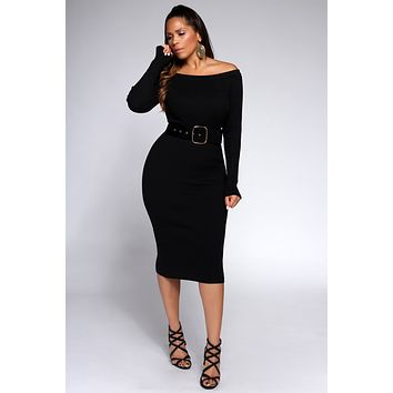 Agata Belted Off the Shoulders Ribbed Long Sleeves Midi Dress in Black
