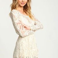 IVORY BAROQUE LACE KEYHOLE ROMPER