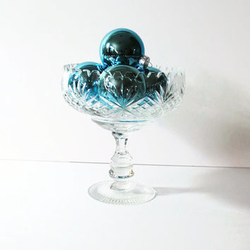 Leaded Crystal Stemmed Compote Candy Dish with Starburst Pattern - (#100.53.)