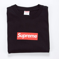 SUPREME T-SHIRT (in Black)
