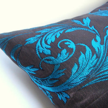 2 Pillows Covers Turquoise and Brown 20/20Turquoise by accessory8