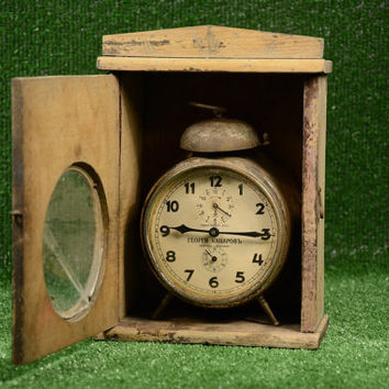 Vintage Custom Kienzle Rare Alarm Clock from the 30's, Clock in a Box, Collectible Alarm Clock, Mechanical Alarm Clock, Antique Box