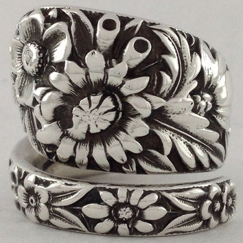 Size 7.5 Vintage Sterling Silver Floral Spoon Ring