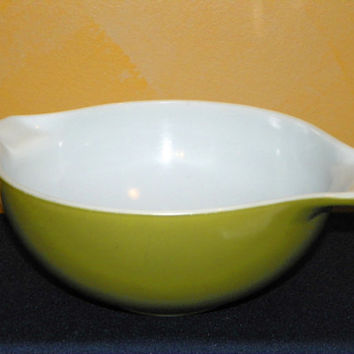 Vintage Pyrex Crazy Daisy or Spring Blossom Cinderella 2.5 Qt  Mixing Bowl
