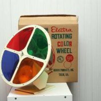 Vintage aluminum christmas tree rotating color wheel by dingaling