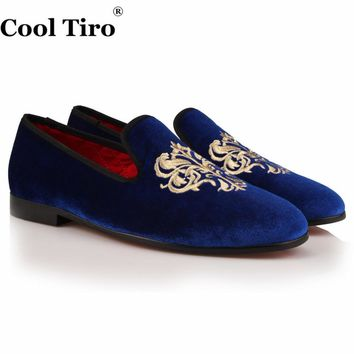 COOL TIRO New Fashion men Blue velvet gold embroidery Smoking Slippers Loafers