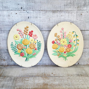Floral Wall Hangings Floral Ceramic Wall Plaque Pair of Flower Paintings Atlantic Mold Floral Plaques Ceramic Wall Hanging with Flowers