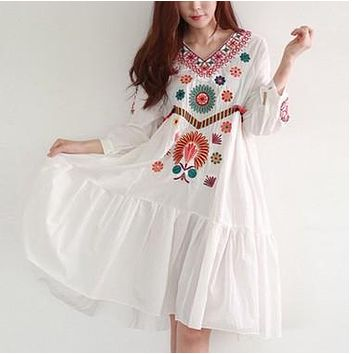 Summer White Boho Vintage Style Hand Embroidered Tunic Mexican Dress Hippie Puebla Retro Hippie Loose Vestidos