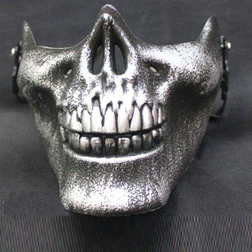 1 Piece New Silver Skull Mask Halloween Party Mask Anonymous Guy Fawkes Fancy Dress Adult Costume Accessory Free Shipping