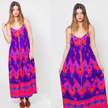 Vintage 70s HAWAIIAN Dress Bright Neon PURPLE Maxi Dress TROPICAL Floral Dress Ethnic Sun Dress