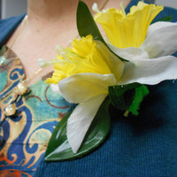 Daffodil Flower Brooch