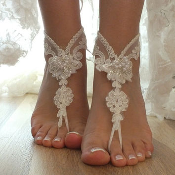 Original design anklet. ivory Beach wedding barefoot sandals, Lariat sandals, Lace sandals, bridal anklet, bridal sandals
