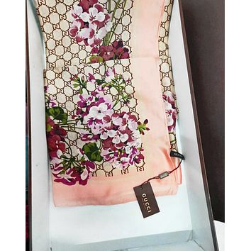GUCCI Fashion Women More Letter Floral Print Easy To Match Silk Scarf Pink Print