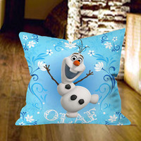 Olaf Flower Style Pillow Cover by wongsshop