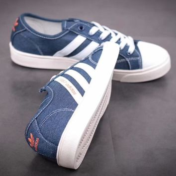 men and women ?Adidas Retro casual canvas shoes