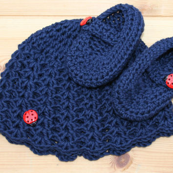 SALE HALF PRICEBaby hats crochet hats Beanie hats cloche hat Baby slippers Navy blue accessories Baby girl clothes Baby gifts 0 - 6 mths