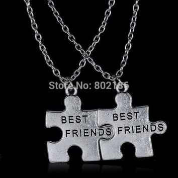 2pcs Best Friend Necklace Pendant Handstamped Friendship Half a Person Engraved Words Heart Love BFF Puzzle Necklaces My Friend