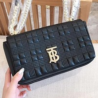 Burberry New fashion letter leather women chain shoulder bag crossbody bag Black