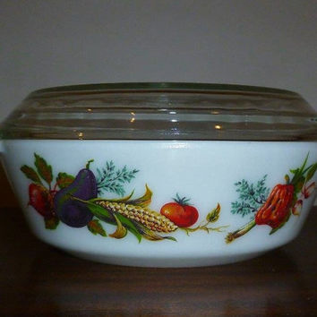 "Vintage 1970s JAJ Pyrex (509) 2 Pint Round Casserole Dish and Lid Featuring Pattern "" Market Garden / Tuscany"" / English Pyrex / Vegetables"