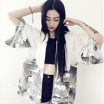 Japan kimono 2017  vintage novelty summer dragon waves printed chiffon sun protection cardigan kimono women clothing outerwear