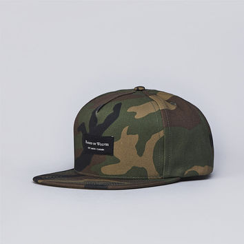 Flatspot - Raised By Wolves Snapback Cap Woodland Camo