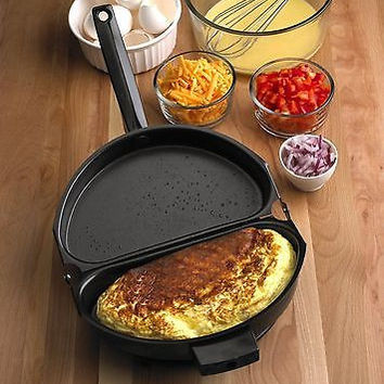 Nonstick Folding Omelet Fry Pan Maker Frying Breakfast Egg Skillet