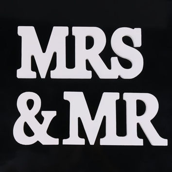 Mr & Mrs Wedding Sign 8cm wedding decoration Mr & Mrs letters White Wood romantic mariage Birthday Party supplies