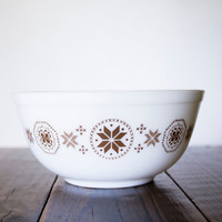 Vintage Pyrex Town and Country Version 2 Mixing Bowl #403