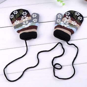 Winter Warm Children Gloves Without Finger Kid Girl Cute Fashion Snowflake Lanyard Whole Cover Finger Halter Mittens Accessories