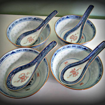 Lot of 4 Vintage Rice Eye Spoon and Bowls Chinese Porcelain Miso Soup Flower Blue and White Design, collectible, gift, hobby, kitchen