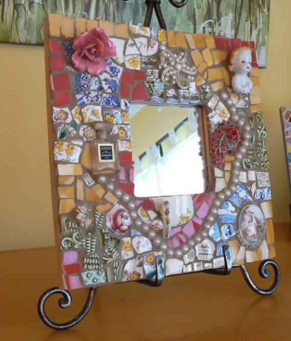 Pique assiette mosaic mirror made to from pamelaspieces for Mosaic pieces for crafts