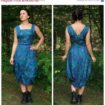 20% OFF SALE 1960's Blue Cocktail Dress. Impressionist Print Party Dress. Bubble Skirt. Wiggle Style. Bow. Tailored. Medium M 8