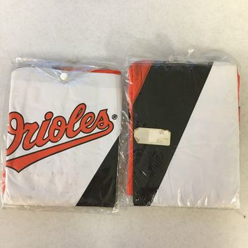 BRAND NEW BALTIMORE ORIOLES YOUTH AND ADULT HOODED RAIN PONCHO SHIPPING