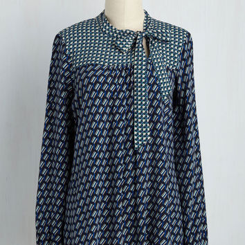 The Lady of the Blouse Top