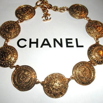 Authentic Chanel Vintage 31 Rue Cambon Gold Plate Coin Necklace