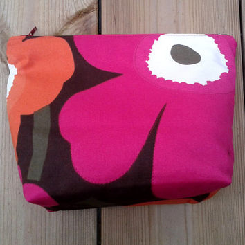 Make up bag, Make up case, Zipper pouch, Fabric pouch,  Box purse, Cosmetic bag, Travel pouch, make up purse, Marimekko Unikko