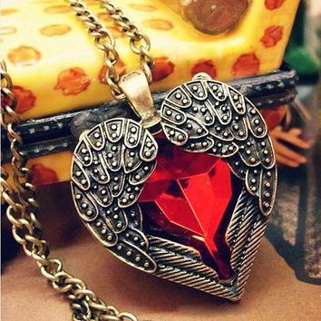 Double Angel Wing Heart Pendant Sweater Necklace