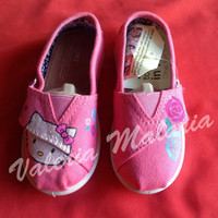 Hello Kitty Youth TOMS shoes