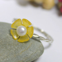 Yellow Flower Ring/ Yellow Jade Flower Ring/ Flower Cute Ring/ Stackable Flower Ring