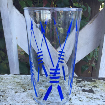 7 Vintage bar cart glasses, barware tumblers, Mid Century glasses w/ blue arrow design, RETRO bar glasses, set of tribal design glassware