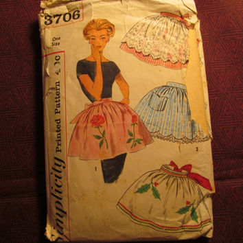 Sale Complete 1950's Simplicity Sewing Pattern, 3706! One Size Aprons/Women's/Misses/Teens/Jr's/Ruffle over skirt Waist Aprons/Retro Aprons