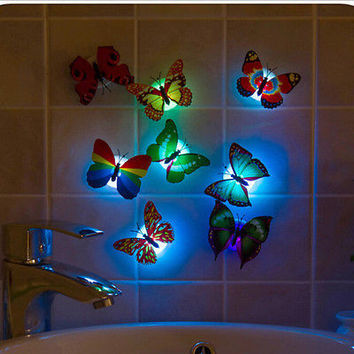 Color Changing Butterfly LED Night Light Lamp with Suction Pad Xmas Decor CJ8
