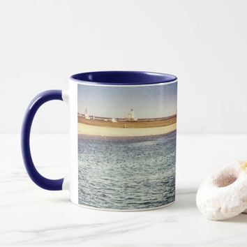 Lake Hut Traveling Mug