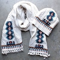 chaser - campfire knit fringed scarf