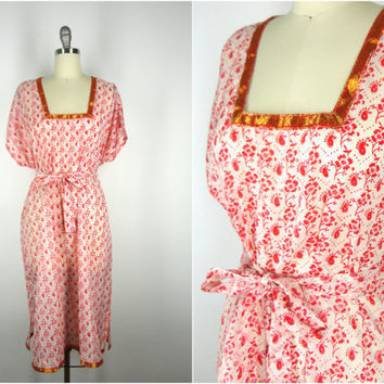 Kerala Kaftan Dress / Vintage Indian Sari / Tunic Caftan Swim Coverup / Red White Floral Print / Limited Edition
