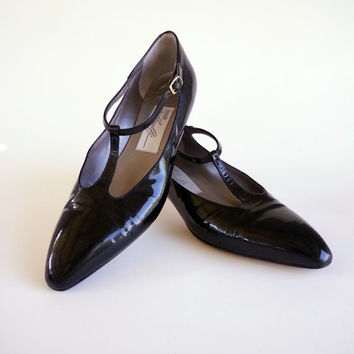 Size 8 Patent Leather T-Strap Pumps by Amalfi