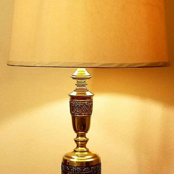 Vintage Solid Brass James Mont Asian Style Figural Embossed Hollywood Regency Table Lamp