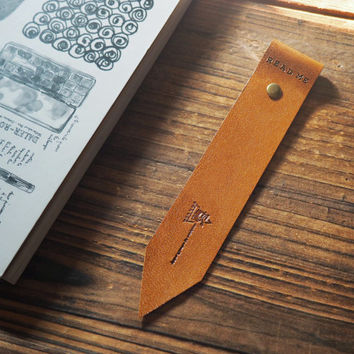 Leather Bookmark - Handmade Hand stitched Book Mark, Minimalist, Minimal, Book lovers gift, Personalized, Custom, Readers gift #Brown